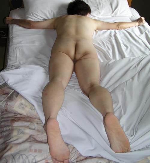 人妻系デリヘルで呼んだ熟女とセックス事後に撮影したエロ画像 2910