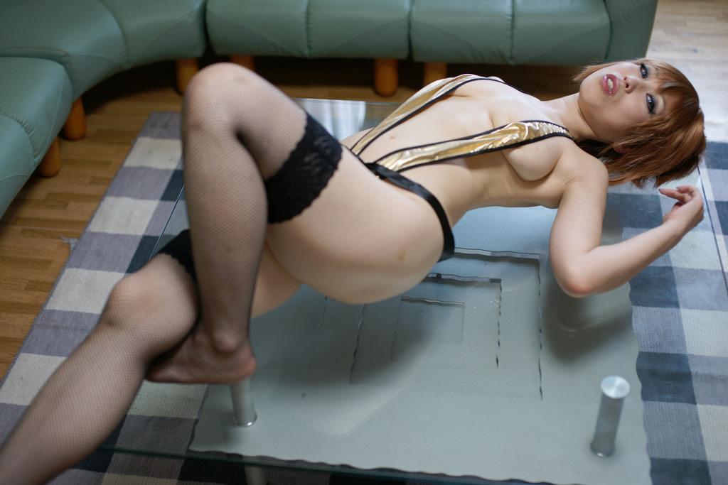 熟女好きにはたまらないコスプレ女のエロ画像 3227