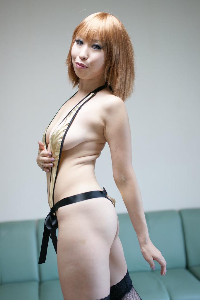 熟女好きにはたまらないコスプレ女のエロ画像 3423