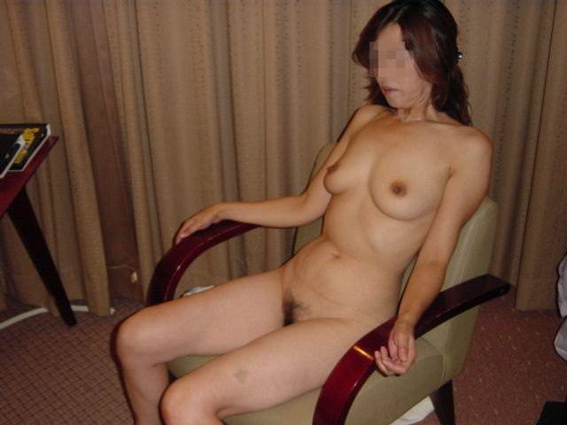 人妻系デリヘルで呼んだ熟女とセックス事後に撮影したエロ画像 351