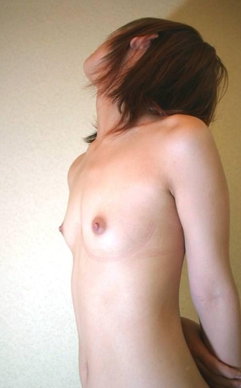 ロリ体型のつるぺた貧乳おっぱい女子がめちゃ可愛いエロ画像 739