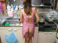 ガチ素人の夫婦が撮影した裸エプロンwww毎晩奥さんと変態プレイで燃えまくりwww