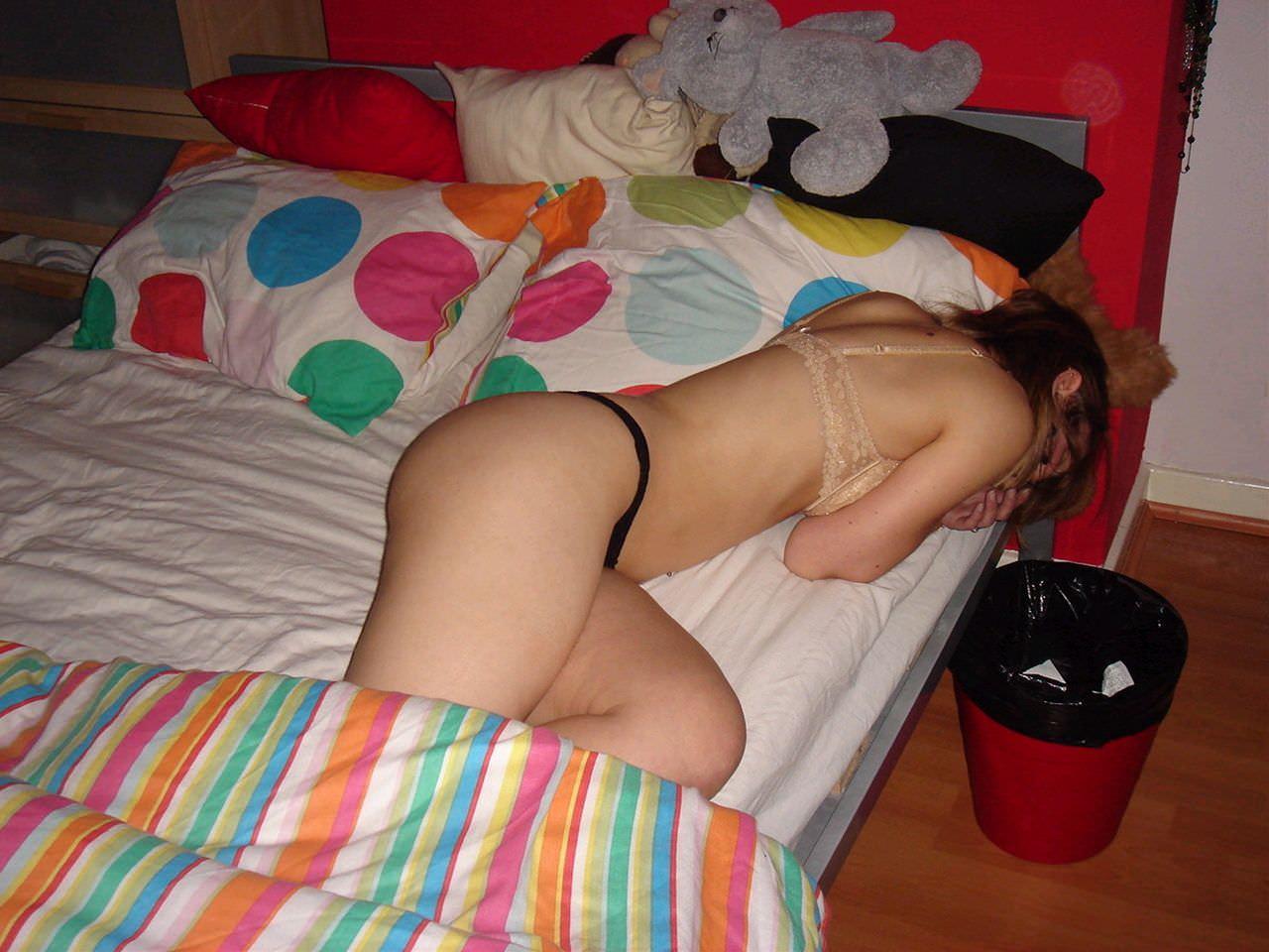 調子こいて酒飲みすぎた素人娘たちの悲惨なエロ画像 114
