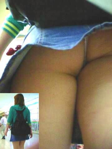 Tバックとかいうエロい下着を履いた素人女性www逆さ撮りパンチラこっそり撮影wwwwwww 1529 1
