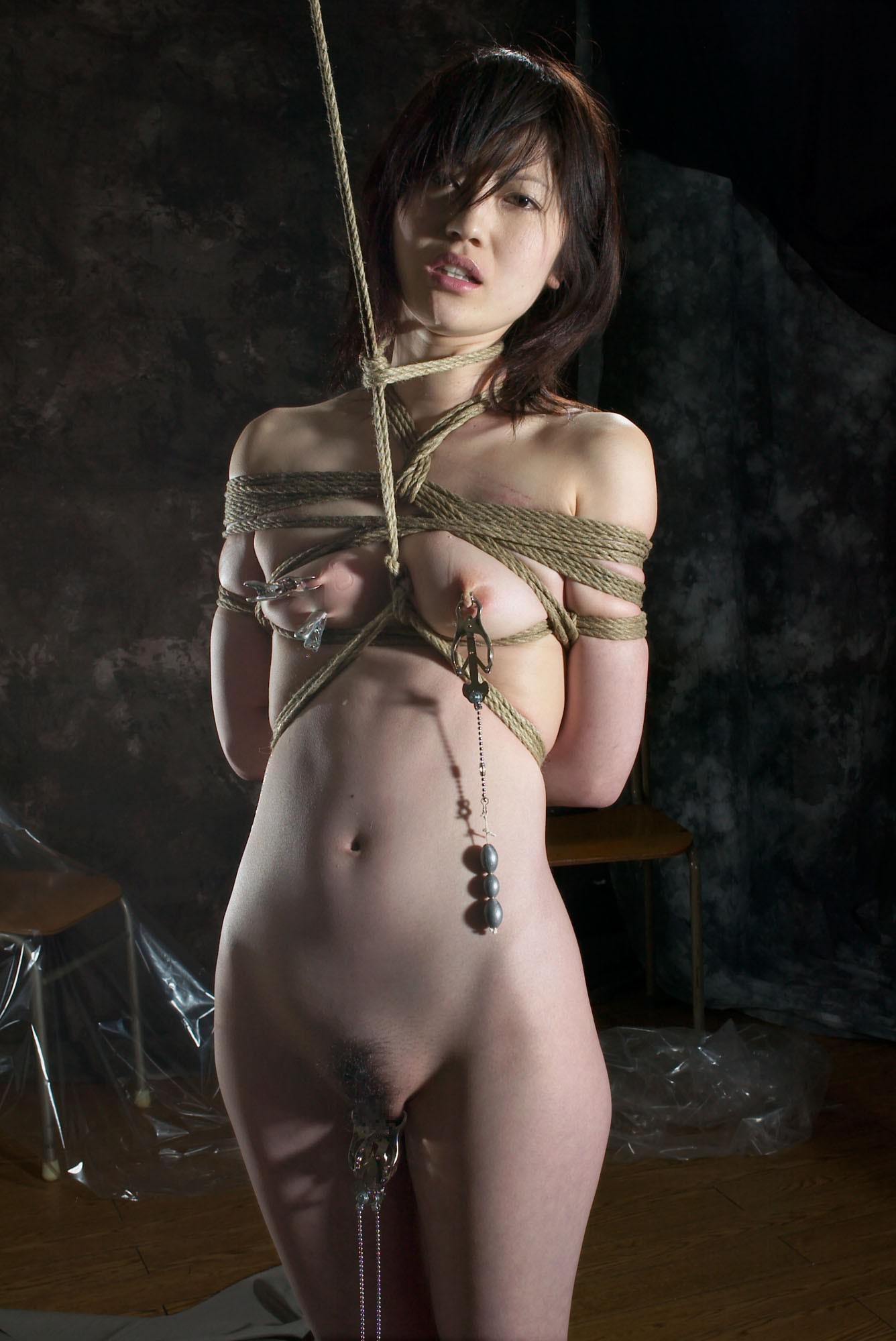 あらゆる拷問でドM女を調教してるSMエロ画像 1743