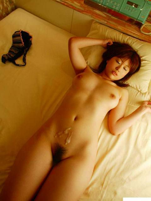 ヤリマン娘が犯されまくってセックス終了した直後のぶっかけエロ画像 2159