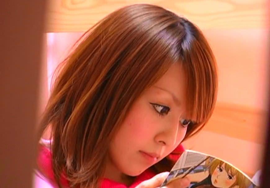 可愛いくて自慢の姉貴のガチオナニーを隠し撮りしたヤバいエロ画像 316