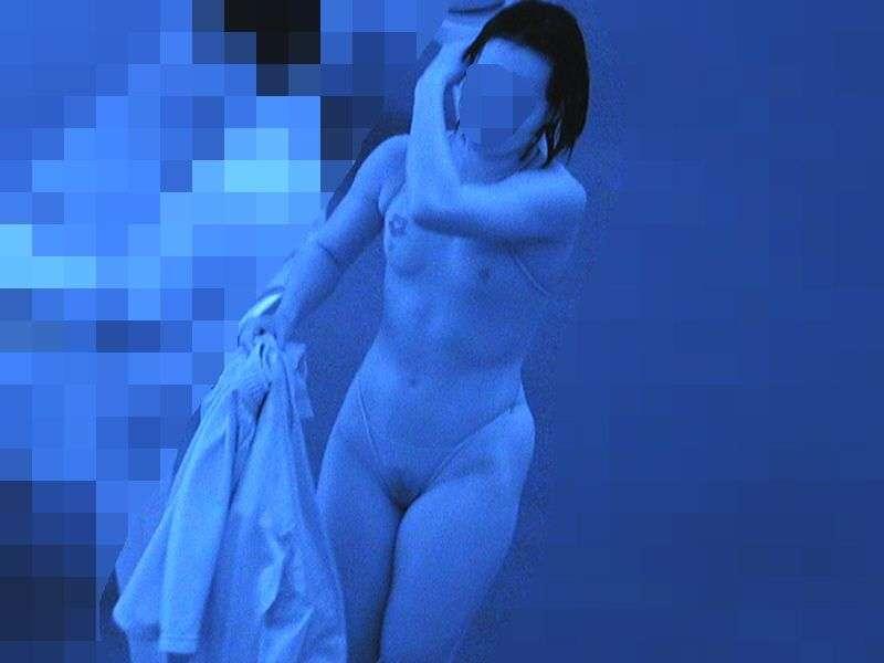 赤外線カメラさんは良い仕事してる透けおっぱい透けマン毛の水着エロ画像 357