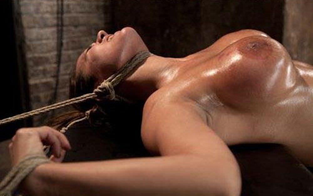 あらゆる拷問でドM女を調教してるSMエロ画像 364