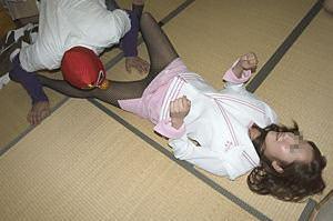 ピンクコンパニオンが会社の忘年会におじゃましてド変態なオヤジにエロ接待するエロ画像 396