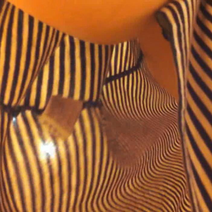 ワンピース着たガチで激カワのショップ店員のパンチラ胸チラ隠し撮りエロ画像 430