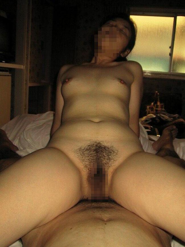 若かりし日の母さんがハメ撮りセックスしてる人妻エロ画像 47