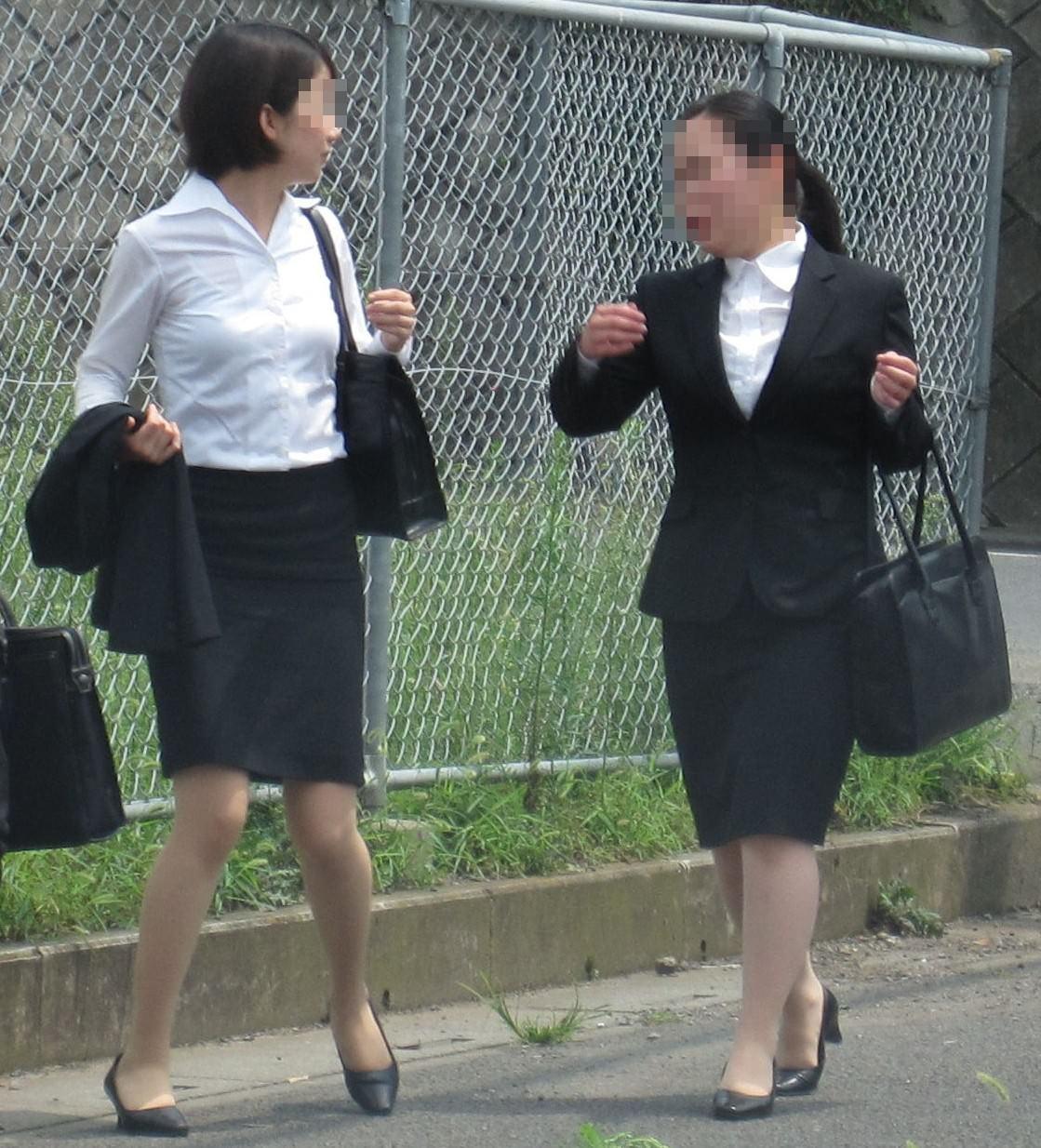 OLフェチにはヤバい新入社員のリクルート姿の街撮りエロ画像 8