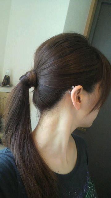 うなじにザーメンぶっかけて髪の毛に絡ませたくなるエロ画像 1422
