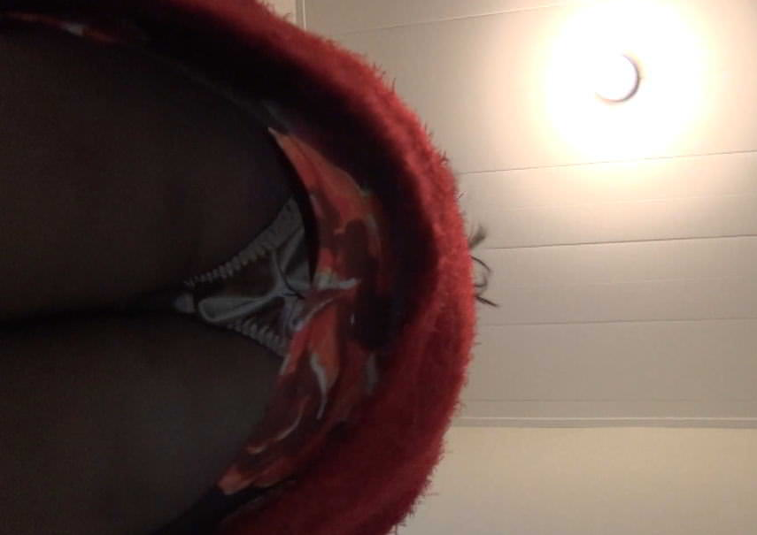 居酒屋のトイレでガチ隠し撮り→激カワお姉さんのオシッコとまんこwwwww素人エロ画像 2189