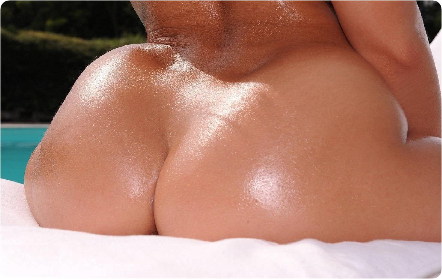 尋常じゃなくデカイお尻した海外女性のエロ画像 233