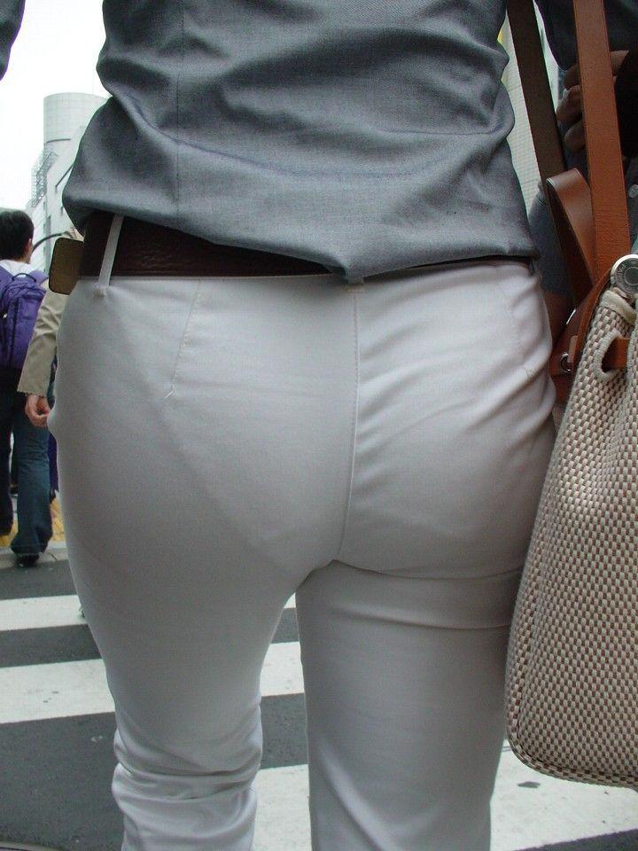 パンツやスカートが白いからパンティーモロ透け!素人の街撮りエロ画像 2338
