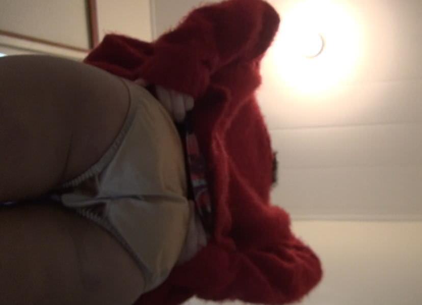 居酒屋のトイレでガチ隠し撮り→激カワお姉さんのオシッコとまんこwwwww素人エロ画像 391