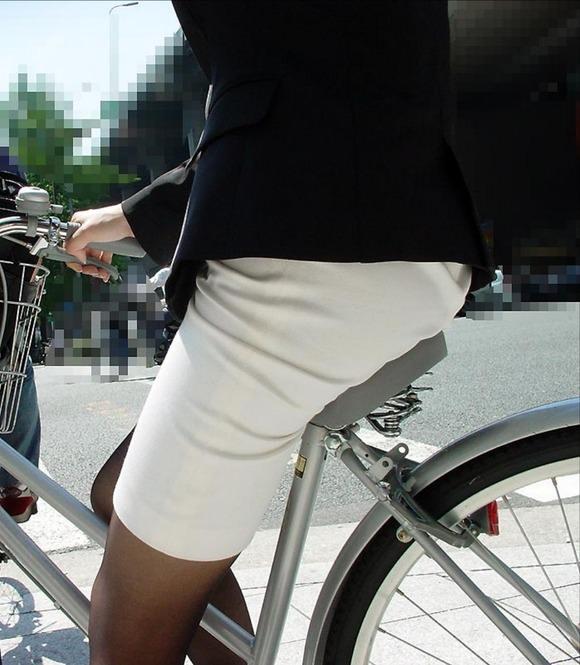 サドルを圧迫してる素人のお尻がエロい街撮りエロ画像 6102
