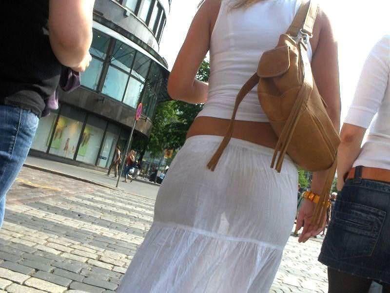 素人のエッチなお尻とパンツが透けてるwwww街撮りエロ画像 1168