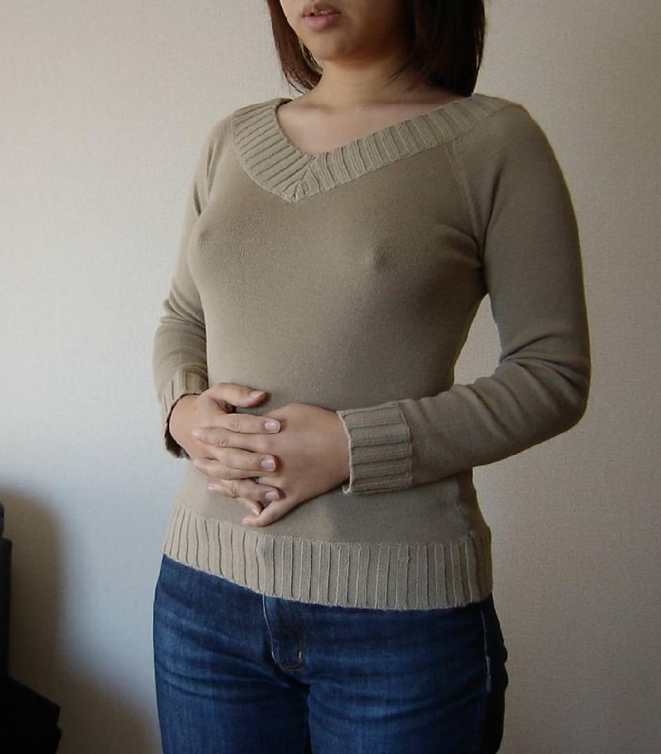 透け乳首させて興奮してる淫乱素人女性のエロ画像 1293