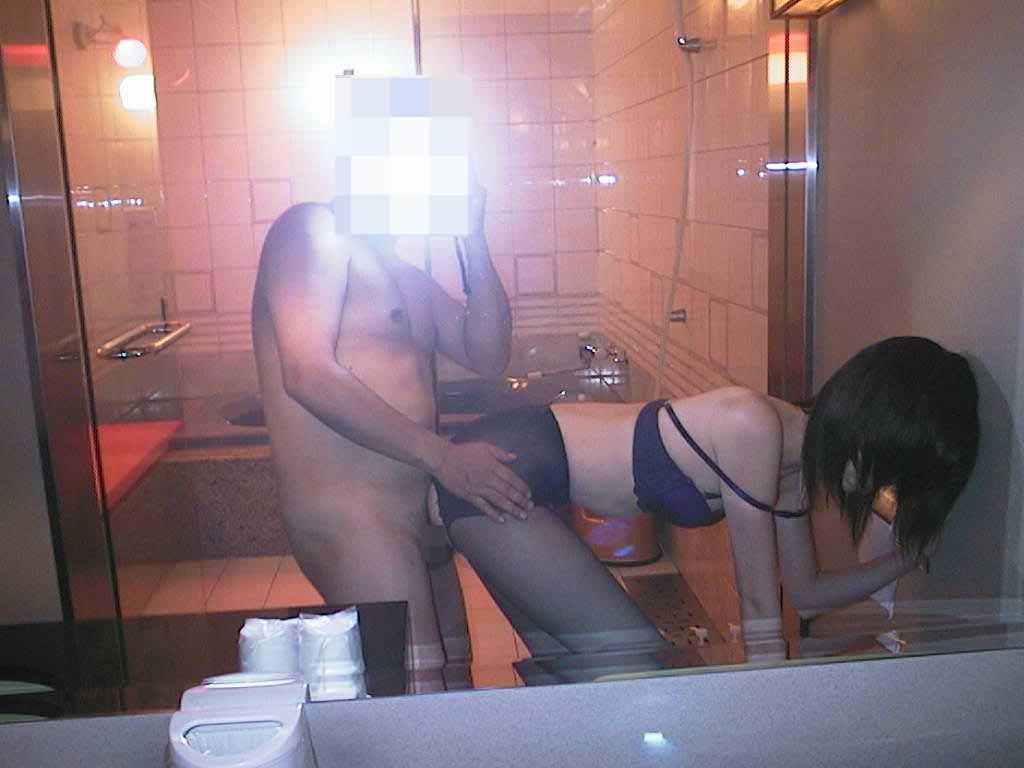 マンコにタコが出来る!!セックス経験の豊富な熟女www鏡越しのハメ撮りなんて余裕っすwwwwww 13233