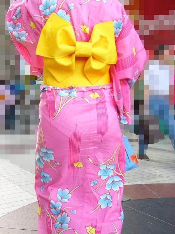夏祭りに浴衣で来てる素人女子のお尻が清楚で可愛い過ぎるwwwww街撮りエロ画像 1372