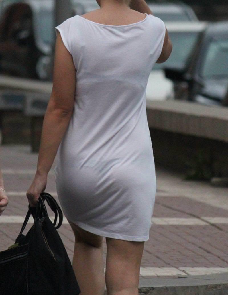 見せパン見せブラかな!?透けすぎだろwwww女子の素人街撮り画像wwwww 1613 1