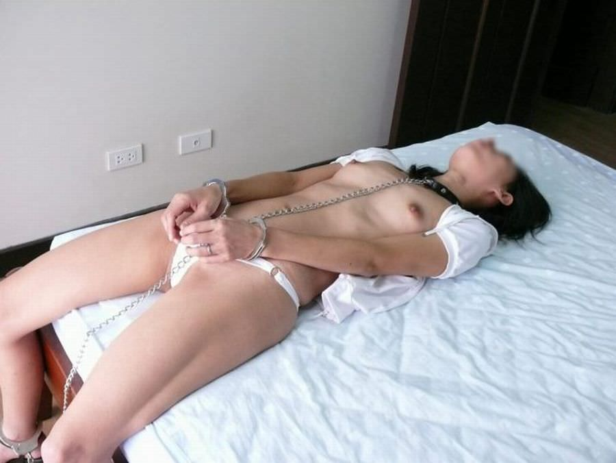 ドM女に手錠をハメて拘束するSMエロ画像 1720