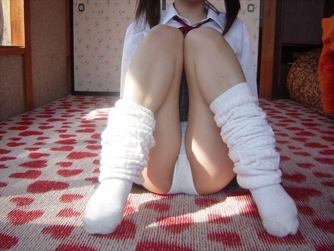 出会い系で知り合ったセフレに女子校生のコスプレさせたエロ画像 2223