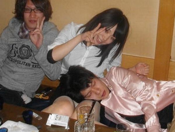 女友達と飲み会をした時の写真だがwwwwwwwwww 0124