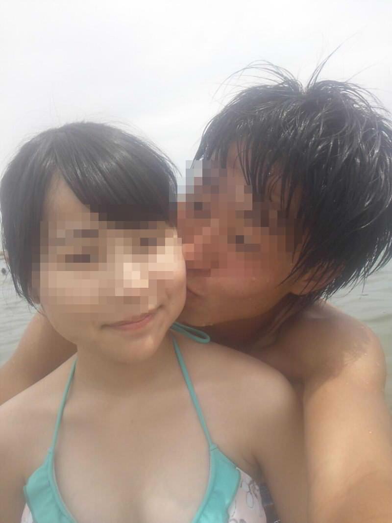 リア充カップルがキスを自撮りしてる素人エロ画像 122