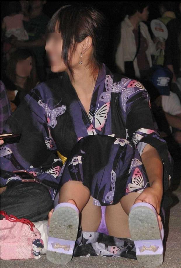 浴衣姿がエロ可愛いのにパンチラまで見せつけるwww街撮りエロ画像 1319