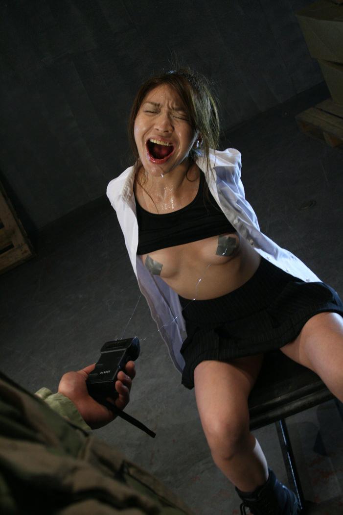ドM女の拷問されてる姿が痛々しいwwwSMエロ画像 2020