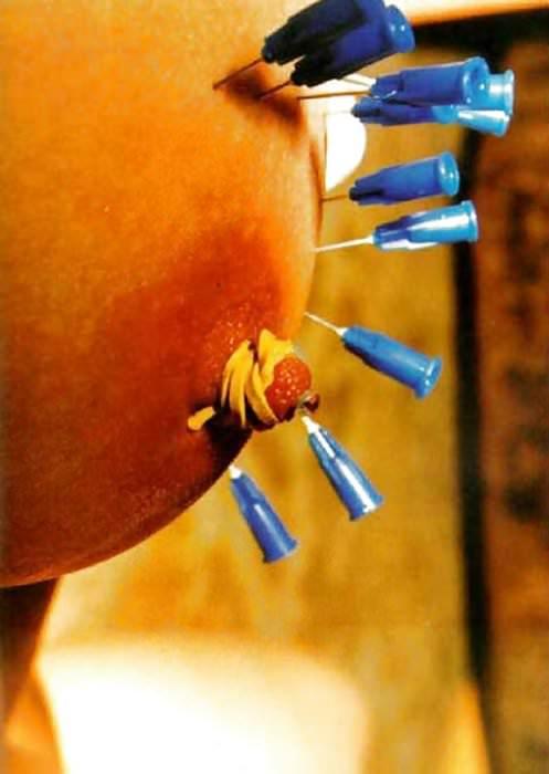 ドM女の拷問されてる姿が痛々しいwwwSMエロ画像 924