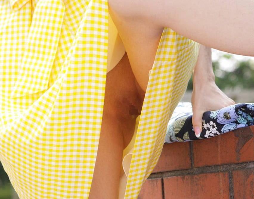 パンチラとかマンチラってクッソエロいwwww街撮り素人エロ画像 1132