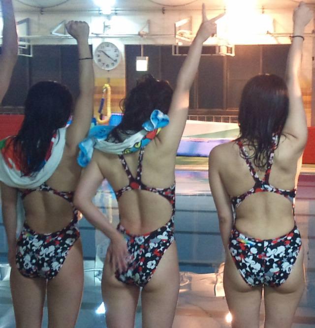水泳部の女子をガチ盗撮www生尻むっちり乳首ポチ日焼け跡が最高な素人エロ画像 1615