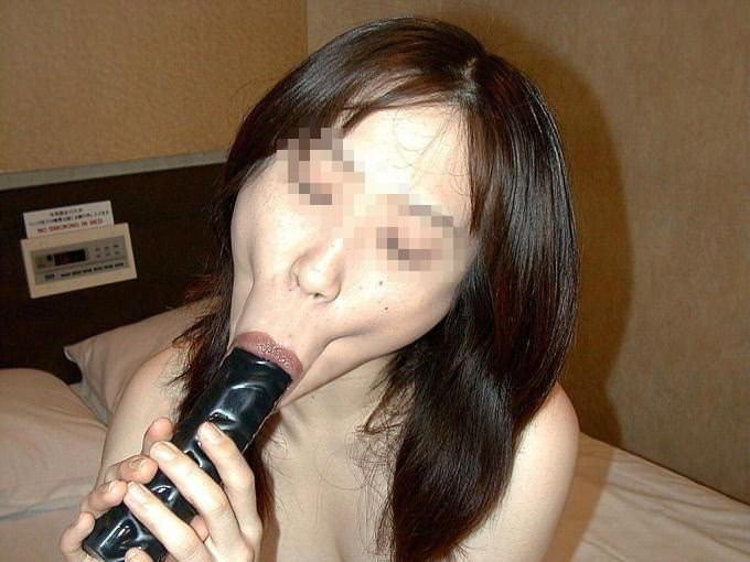 だらしない身体のむっちり熟女wwww豊富なフェラで経験でもてなす素人エロ画像 2517