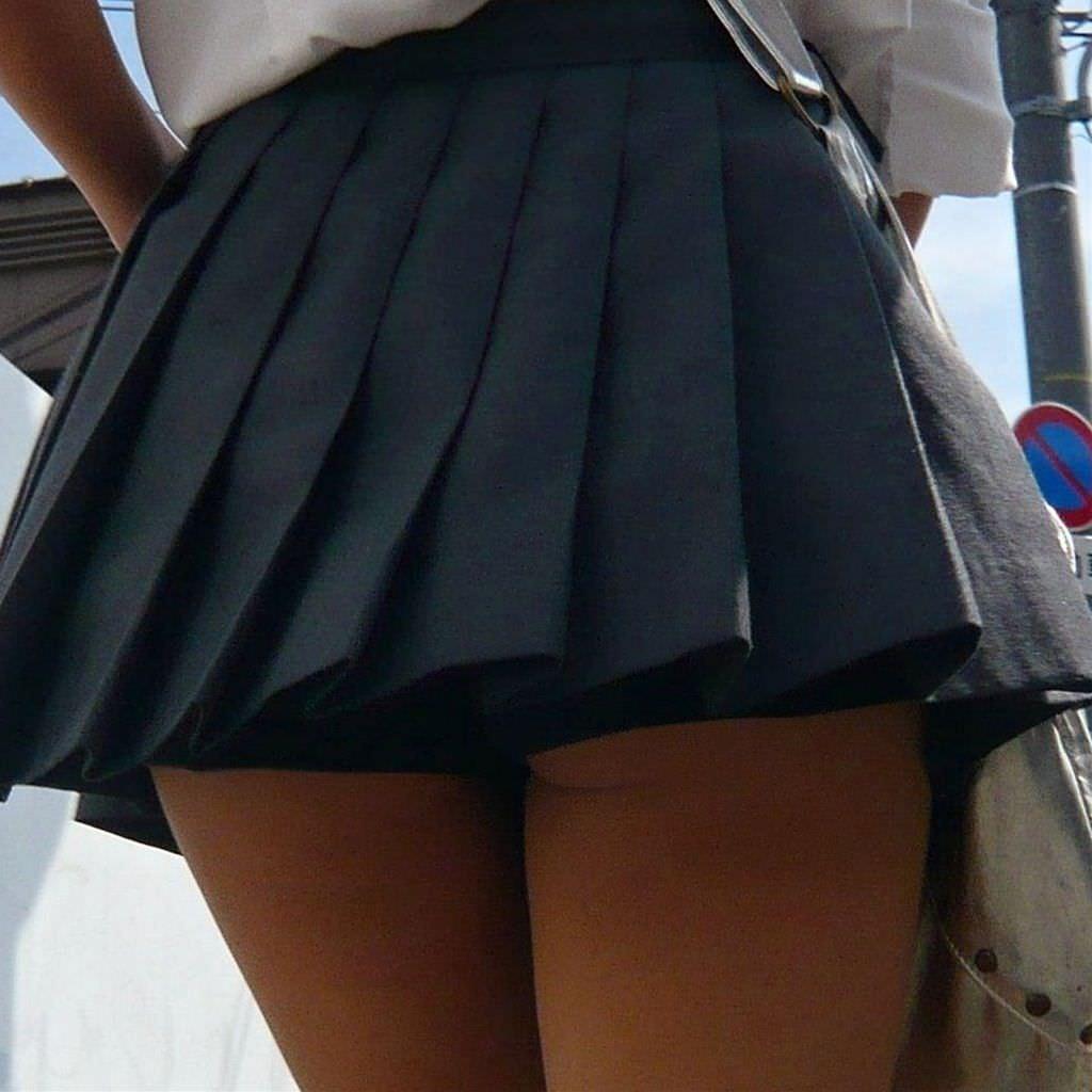 女子校生がパンチラでハーパン履いてたエロ画像 1248