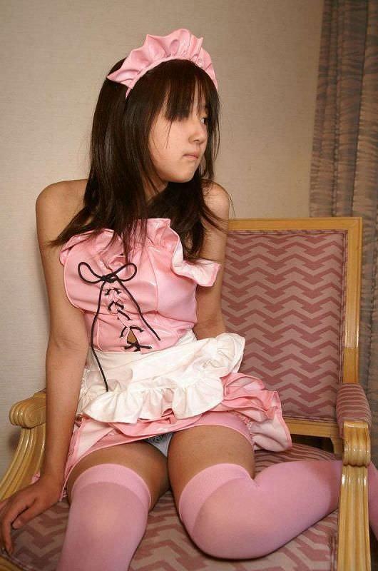 ド変態な素人娘がエッチなメイドコスプレエロ画像だぁーwww 177