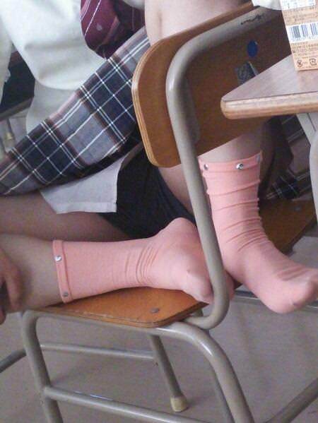 女子校生がパンチラでハーパン履いてたエロ画像 2148