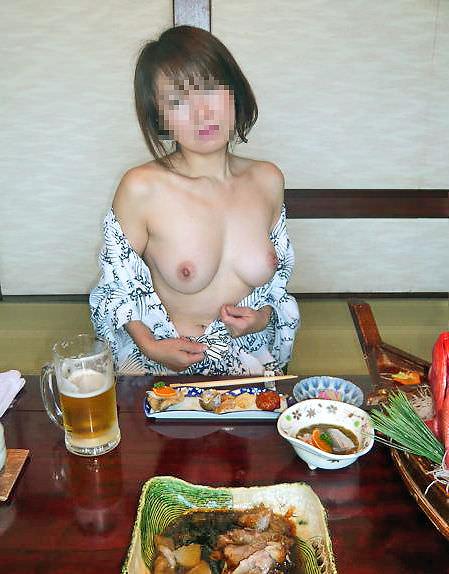 彼女と初めてのお泊り温泉旅行で早速エッチな浴衣姿を撮影www素人投稿エロ画像 2312