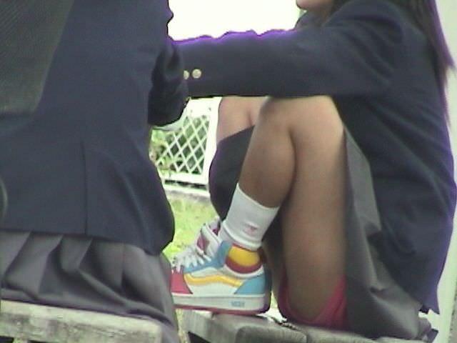 女子校生がパンチラでハーパン履いてたエロ画像 2431