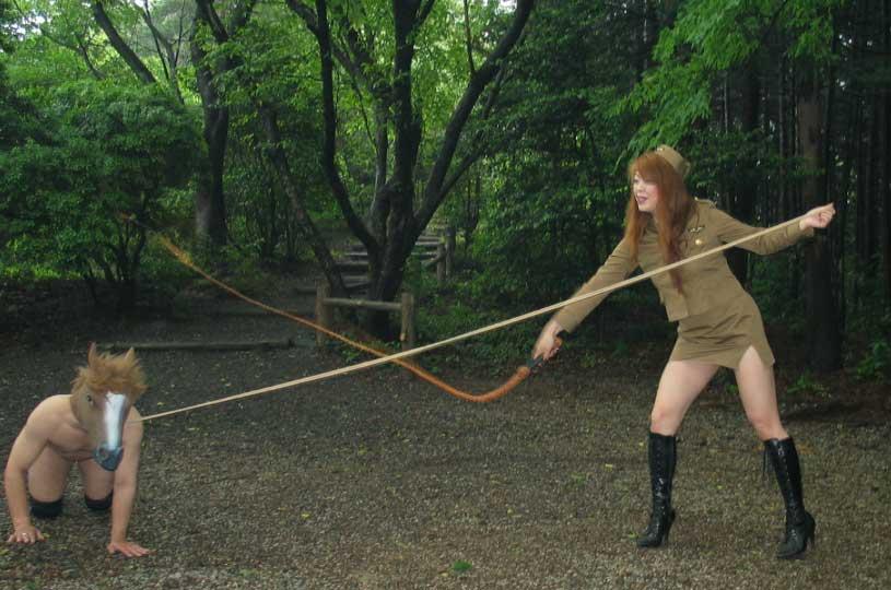 アブノーマルなハードSMでビンビンに濡れちゃってるド変態娘www彼女にも試してみたいwww 2631