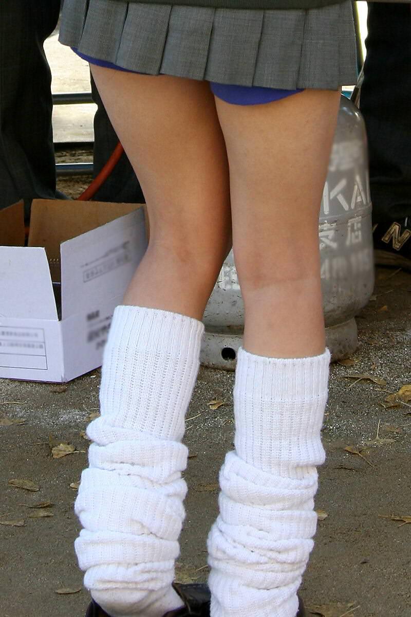 女子校生がパンチラでハーパン履いてたエロ画像 546