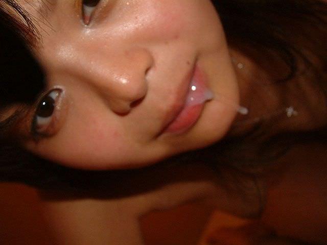 口内射精されたザーメンが垂れるwww風俗嬢みたいな生々しいエロ画像 611