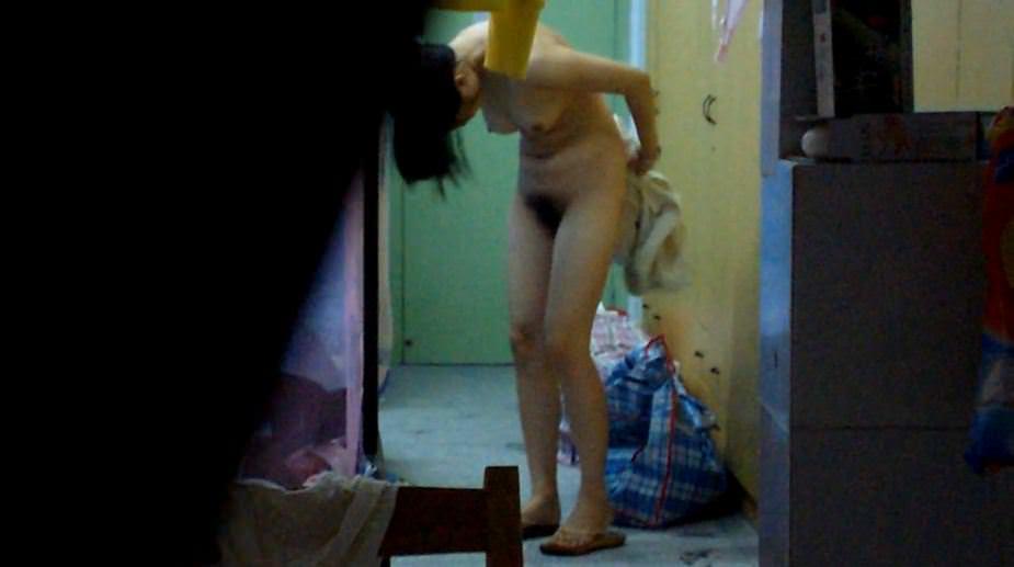 アパートや民家のお風呂をガチ盗撮した入浴女子の素人エロ画像 1123