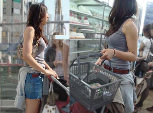 授乳期の素人妻は乳袋を隠し切れないwww胸チラ巨乳おっぱいを街撮り盗撮エロ画像 1230