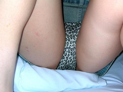 ヤリマンビッチな女子が履いてるヒョウ柄のパンティーを集めたギャルっぽい下着の素人エロ画像 144