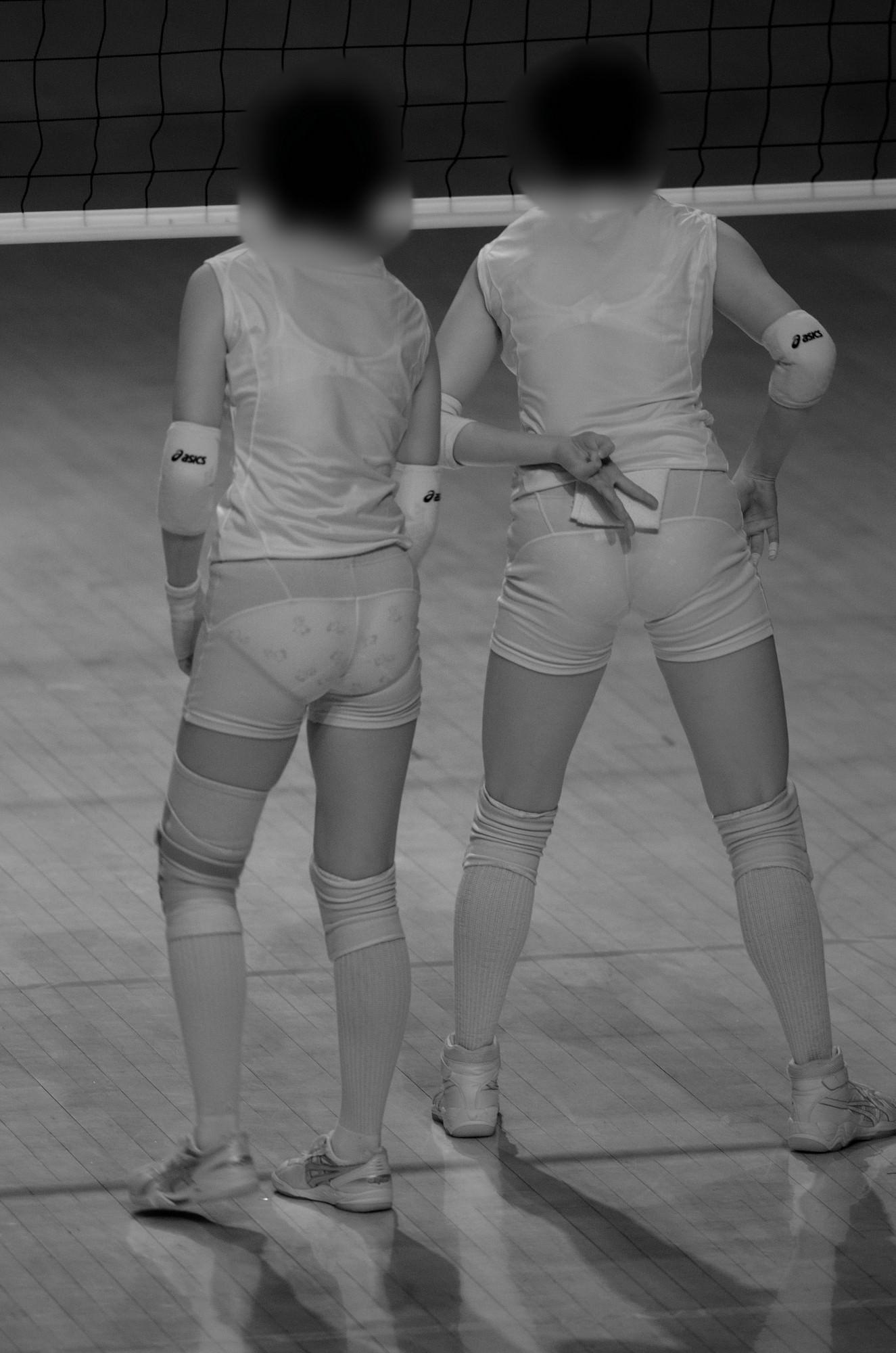 赤外線カメラ半端ない!!女子バレー選手のパンツとブラが透けまくってるスポーツ系エロ画像 1727